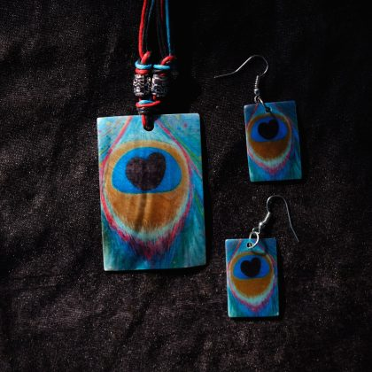 Square Peacock Feature Print Goa Shellcraft Necklace Sets