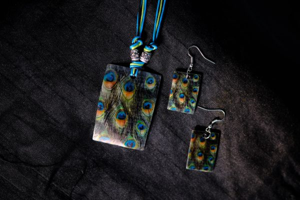 Square Red Peacock Pattern Print Goa Shellcraft Necklace Sets